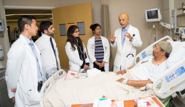 abraham verghese at bedside
